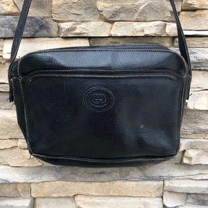 VTG Gucci accessory collection black handbag